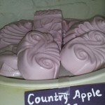 Country-Apple
