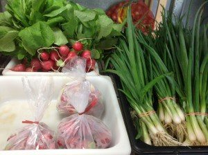 Dogwood Farm Market Reinholds Lancaster County PA Locally Owned Family Operated Farm Fresh Field-to-Table bedding plants hanging baskets fresh eggs homemade jams & jellies canned goods baked goods