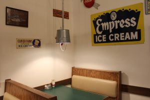 Udder Choice Restaurant Ice Cream Shop Ephrata Pa Local