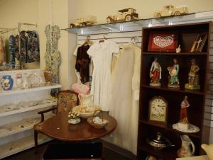 Main Street Closet Willow Street Lancaster County thrift 14