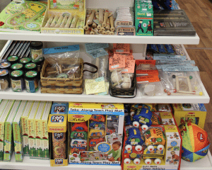 Country Crafters Lancaster County PA Reallancastercounty Bird-In-Hand Farm Markets Locally Owned Locally Operated Toys & Puzzles