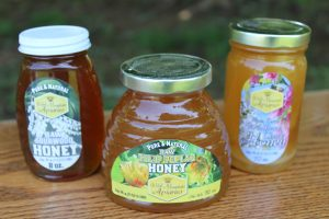 Welsh Mountain Apiaries Meadville Gap PA Locally Owned Family Operated Naturally Grown Practicing Organic wild forage honey fresh unfiltered local raw honey Lancaster County Chester County Southern Lebanon County pollination services