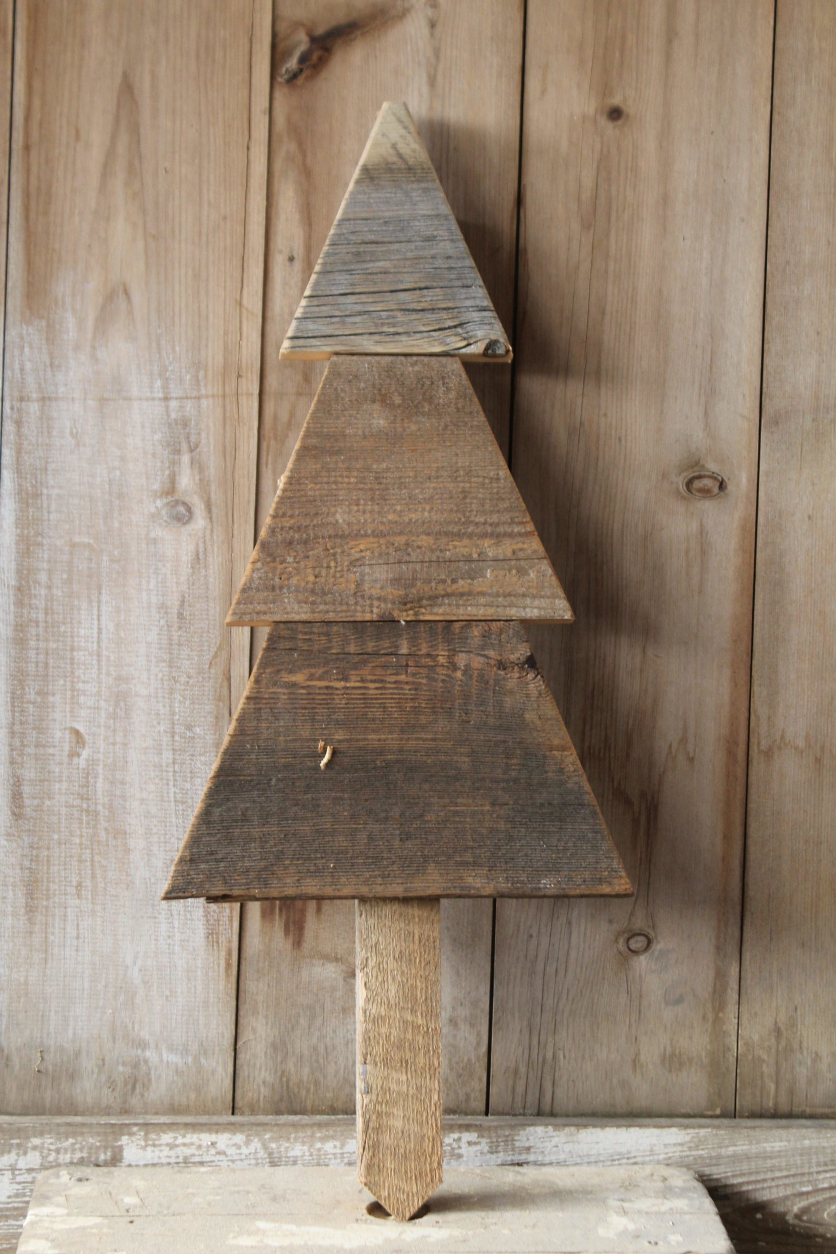 Stony Hollow Crafts Local Handcrafted Creations wholesale retail customers rustic old barnwood poly varieties rustic trestle porch deacon benches planters birdhouses holiday seasonal